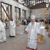 Архиепископ Владикавказский Зосима совершил Литургию в стенах спортзала школы № 1 г. Беслана