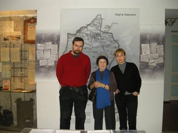 Музей в Долинке – писатель Екатерина Кузнецова с авторами фильма