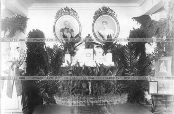 Макет и эскизы памятника М.Ю.Лермонтову.  1 октября. 1913. ЦГАКФФД.