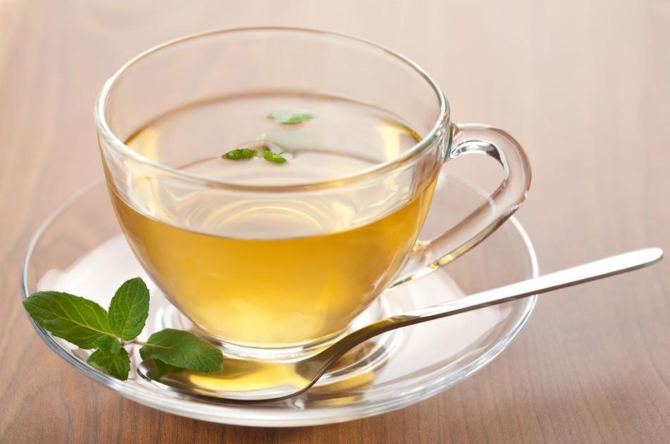 Фото чашки зелёного чая