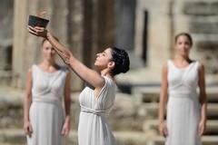Молитва Зевсу об Олимпийском огне: отречение от веры или формальность?