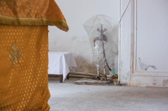 После Октябрьской революции богадельня и храм были закрыты, и в их помещении расположилась Детская инфекционная больница. В алтаре находился ренгенкабинет, по соседству, как правило в таких случаях, туалет