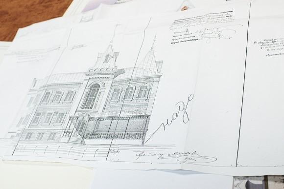 Сохранились старинные чертежи богадельни (архитектор Машков)…