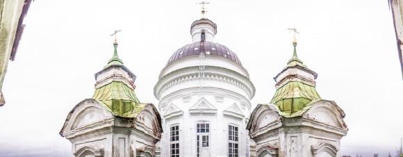 Правительство Новосибирской области передало здание школы Церкви