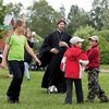 Священник Глеб Грозовский временно запрещен в служении