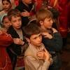 Протоиерей Алексий Уминский: Неправильно, когда дети причащаются без родителей
