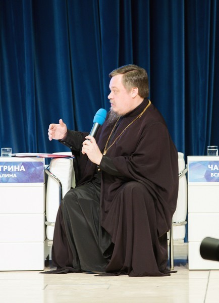 Протоиерей Всеволод Чаплин, председатель Синодального отдела по взаимоотношениям Церкви и общества Московского Патриархата
