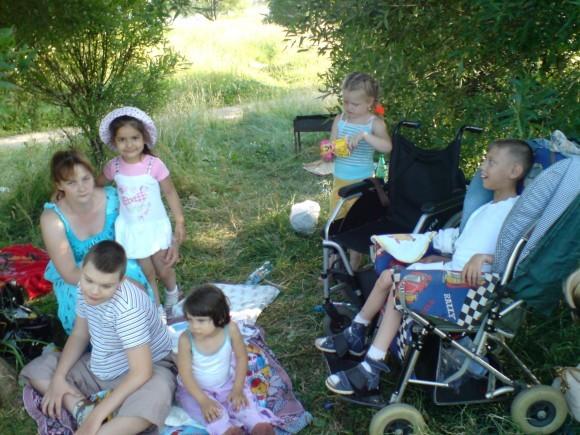 Алла Главатских — многодетная мама детей-инвалидов
