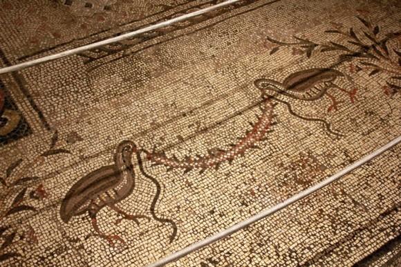 На полу храма – восстановленная византийская мозаика