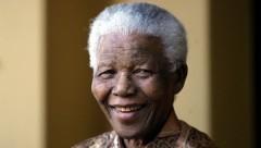 Нельсон Мандела. Фото: AFP 2013/ Alexander Joe