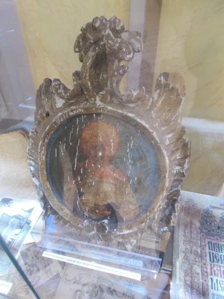 Образ Богородицы с Царских Врат одного из разрушенных подмосковных храмов