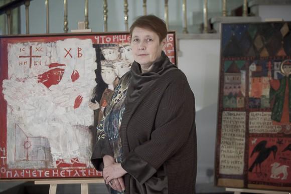 Художник Елена Черкасова. Выставка ее картин проходит в фойе гостиницы «Даниловская»