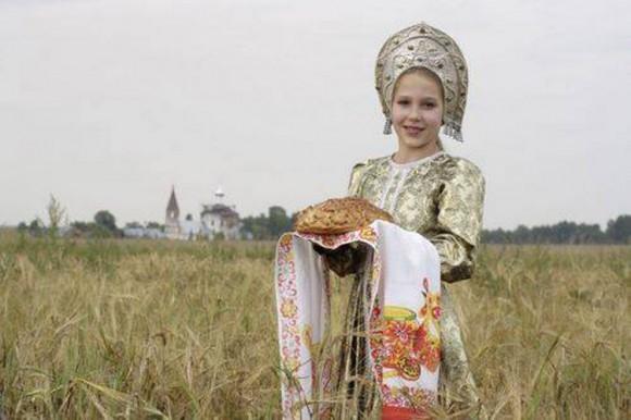 В России создадут культурные центры для русских