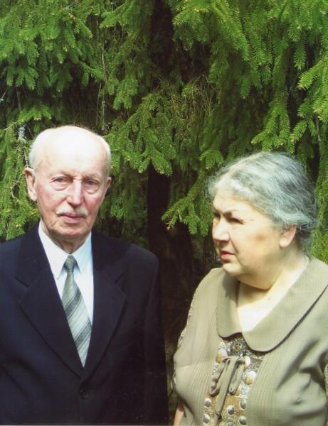 Май 2006. С супругой Марией Константиновной Скурат