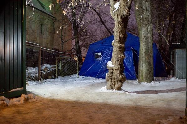 Ангар — это большая палатка, которая отпаливается теплым воздухом