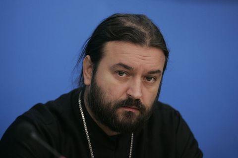 Протоиерей Андрей Ткачев: Дела с санкциями не ограничиваются экономикой