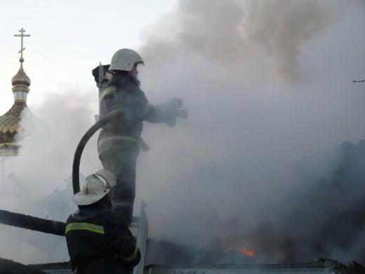 В Ровненской области в пожаре погибли две дочери священника