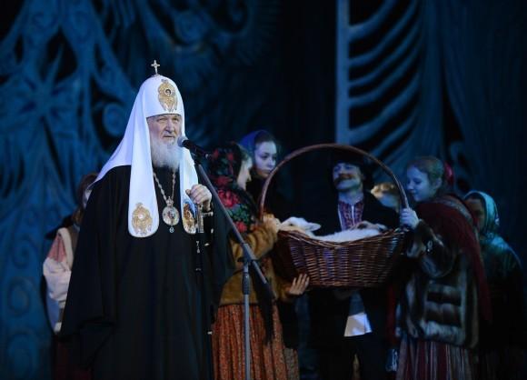 Патриарх Кирилл посетил детскую Рождественскую елку в Кремле: фото