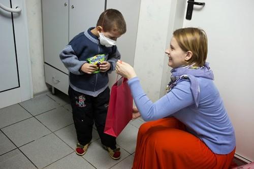 Более 40 тысяч подарков на Святках получили нуждающиеся Москвы