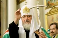 Патриарх Кирилл призвал найти способ мирной гармонизации интересов украинского общества