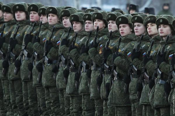 """В Российской армии возрождается традиция воспитания """"сынов полка"""" из числа сирот"""