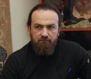 Священник Максим Крижевский