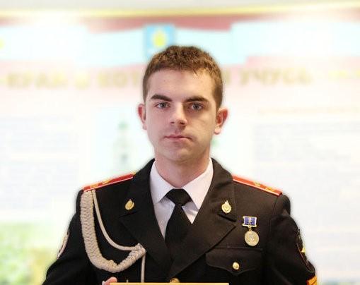 Астраханский суворовец спас раненного преступниками человека