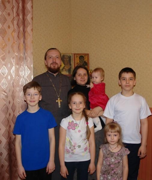 Одним из лучших отцов Архангельской области стал священник