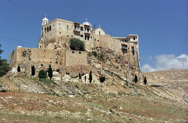 Сирийские боевики обстреляли из минометов древний христианский город Сейдная