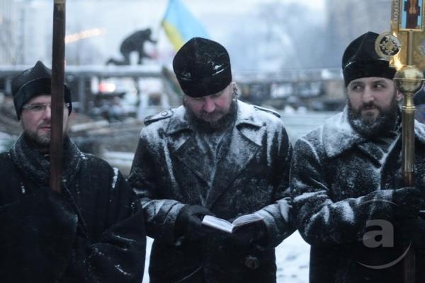 Архимандрит Алипий (Светличный): На Майдане нет правых и неправых