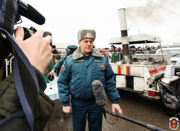 Пресс-служба МЧС Москвы: Наиболее массовые Крещенские купания ожидаются в Серебряном Бору