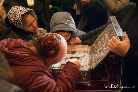 Дары волхвов в Киеве: с чем на душе идут к ним люди?