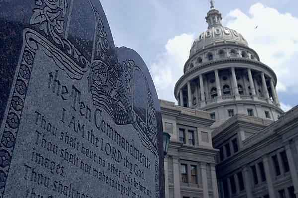 Элладская Церковь выступила против установки статуи сатаны в Нью-Йорке