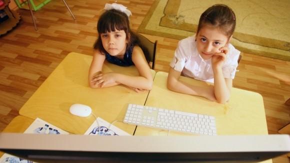 """Генпрокуратура выявила – большинство школьников просматривают """"опасные"""" сайты"""