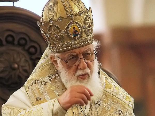 Католикос Грузии Илия II призвал молиться за Украину