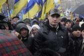 """Протестующие и силовики в Киеве договорились о """"часе тишины"""""""