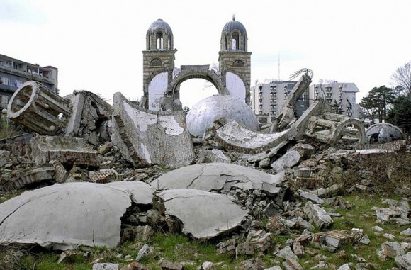 В косовской Джяковице сербам не позволили отпраздновать Рождество