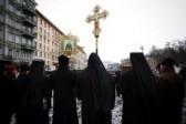 Монахи, остановившие столкновения на Грушевского, призывают всех к молитве!