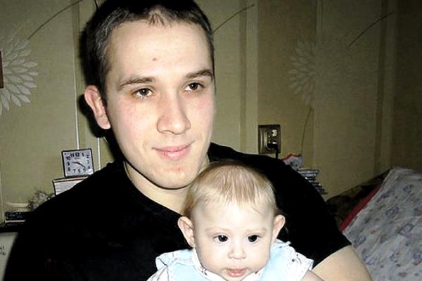 Калининградец написал роман, чтобы собрать средства на лечение ребенка