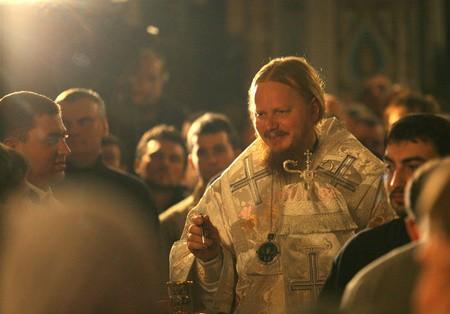 Ночная служба на Рождество – как «выстоять»? 10 cоветов от епископа Ионы (Черепанова)