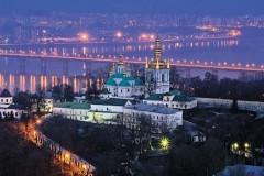 Жители Украины больше всего доверяют Церкви