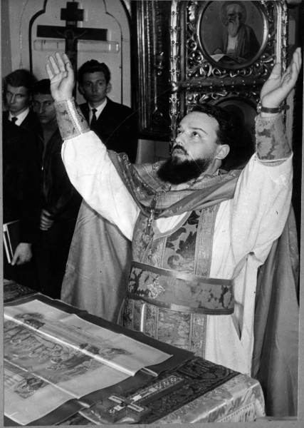 Протоиерей Александр Мень в Алабино, 1964 г.