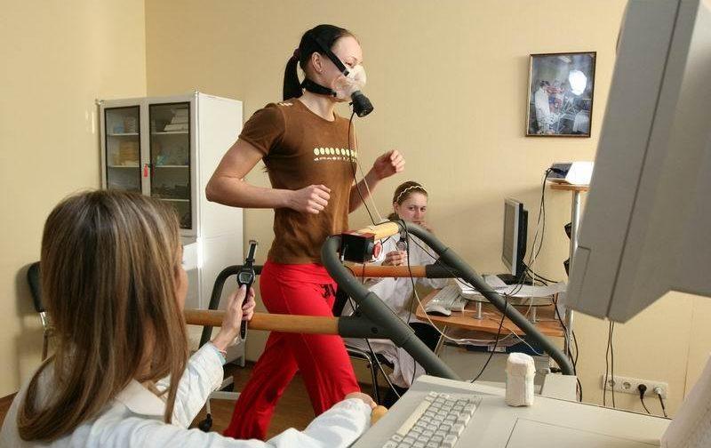 Спортивный врач Борис Поляев о последствиях большого спорта и бичах нашего времени