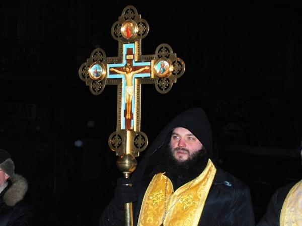 Иеромонах Мелхиседек: Конфликт в Киеве разжигают не священники, а переодетые актеры