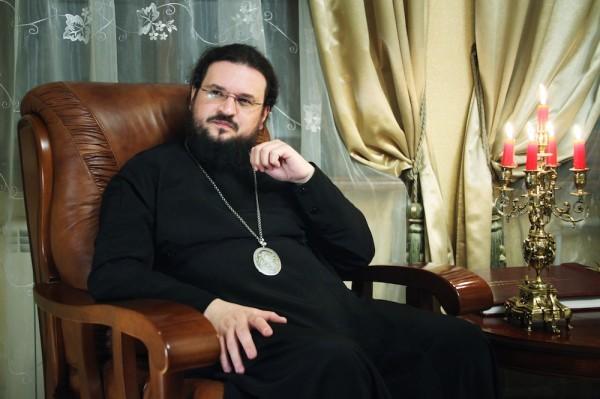 Епископ Якутский Роман освятил икону принадлежавшую ссыльному декабристу
