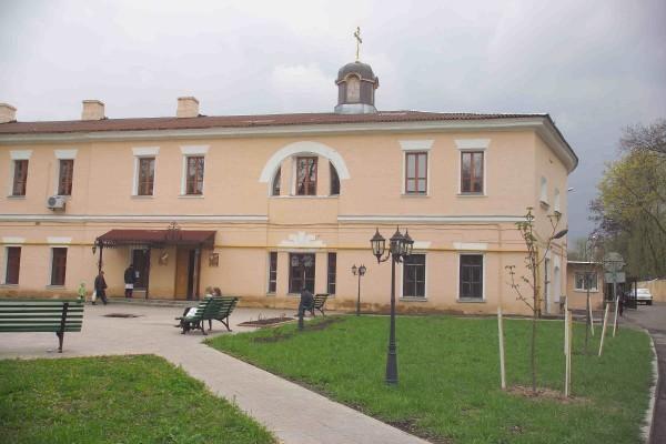 Покровский храм при военном госпитале