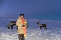 Камчатский священник освятил олений табун