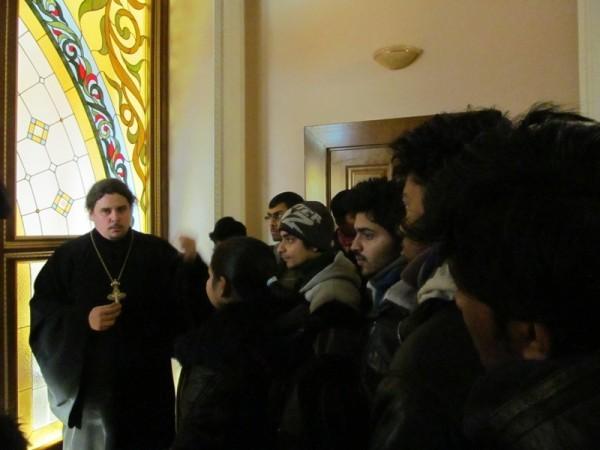 В Луганске иностранные студенты начали изучать основы православия