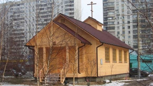 К Пасхе в Москве построят 12 временных храмов