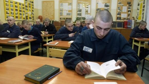 Детям в воспитательных учреждения разрешат сдавать школьные экзамены устно